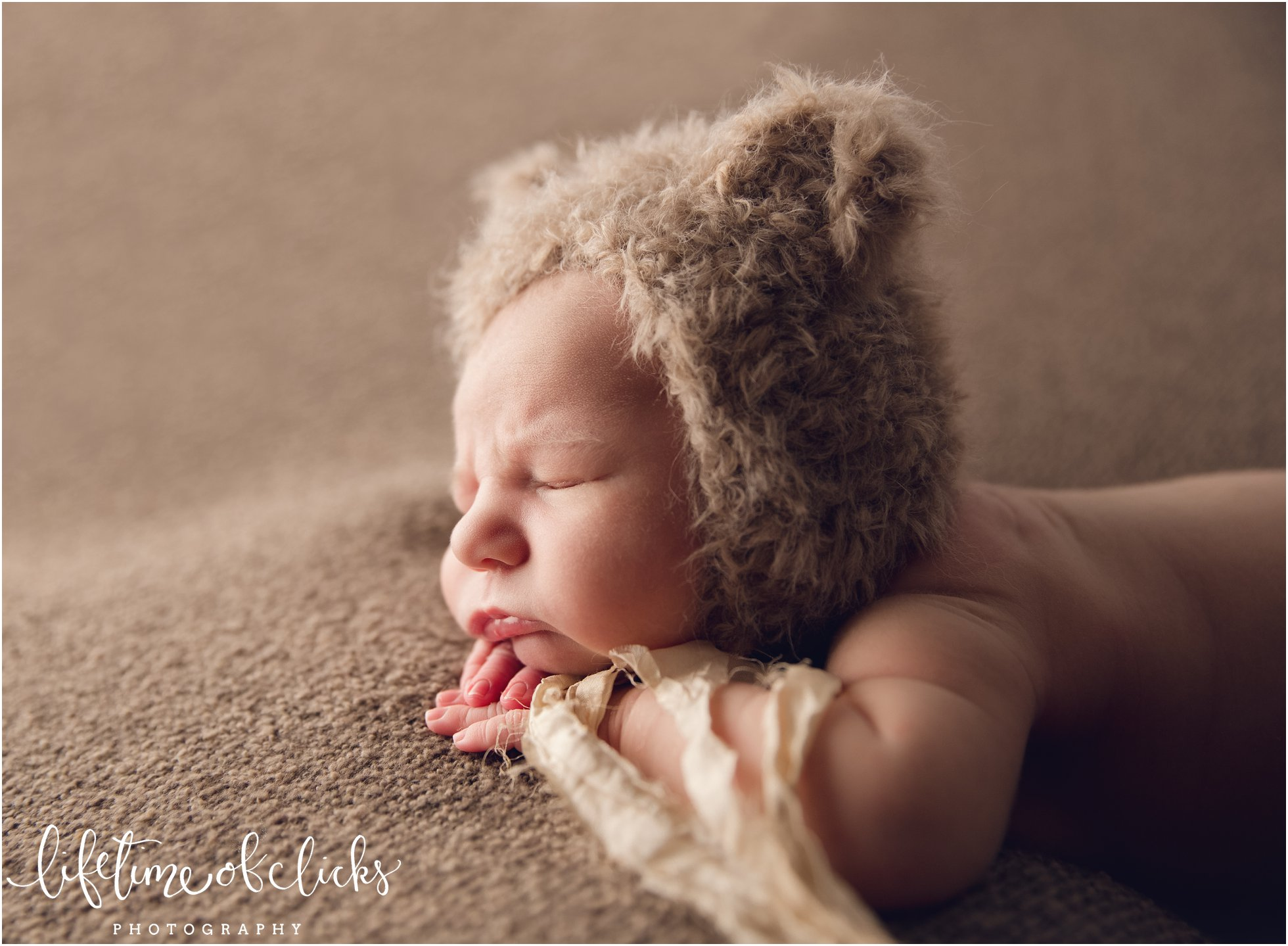 Baby boy with bear hat | Photo by Lifetime of Clicks Photography