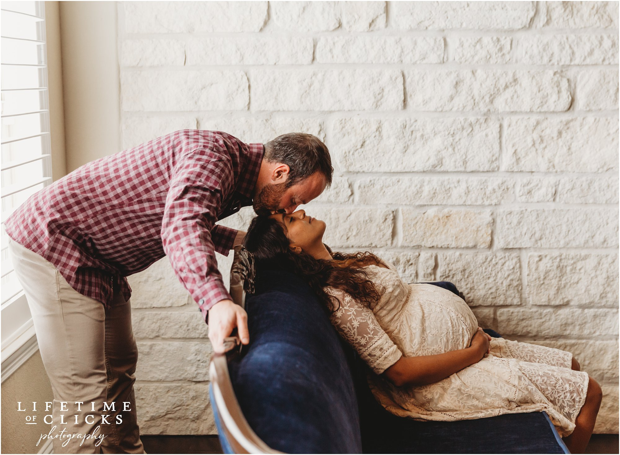 Husband and wife maternity session