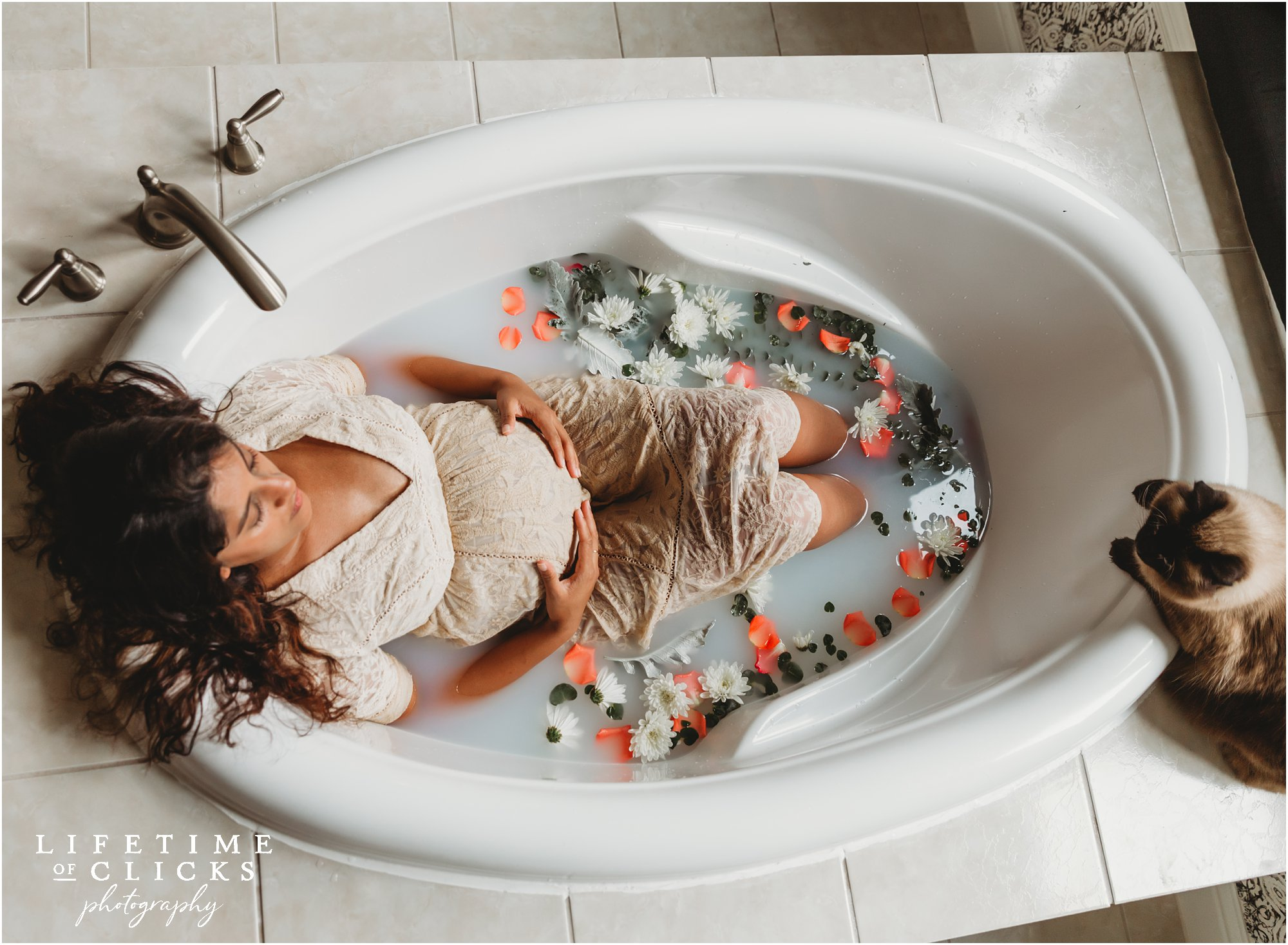 in-home milk bath maternity photo shoot in Houston TX