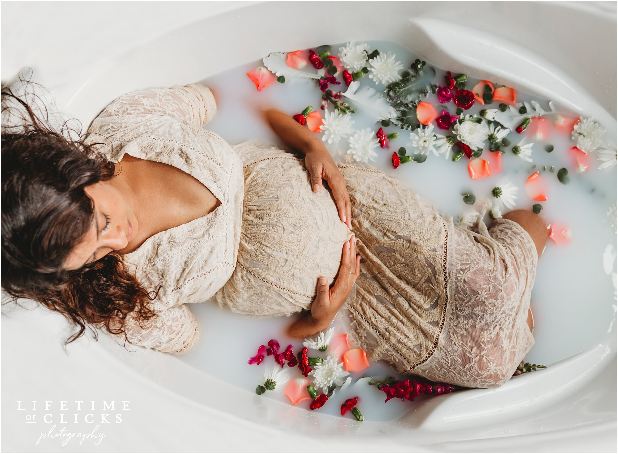 intimate milk bath maternity photo shoot in Houston TX