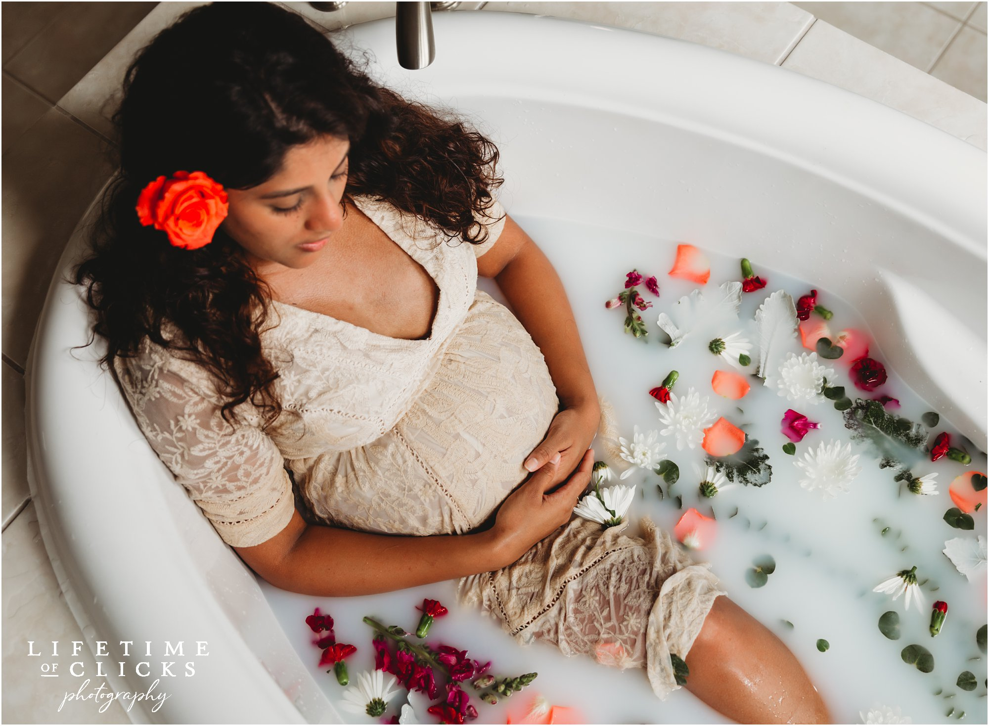 milk bath maternity photo shoot in Houston TX